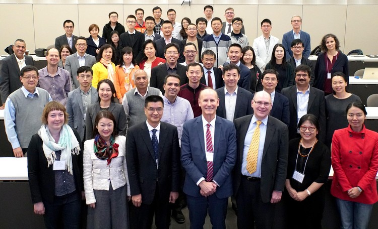 The Tsinghua University delegation led by Graduate School Dean Qiang Yao with the University of Alberta hosts led by Interim Vice-President (Research) Walter Dixon and Future Energy Systems Director Larry Kostiuk.